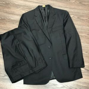 Jos A Bank Signature Gold Black Pinstripe Suit 44R